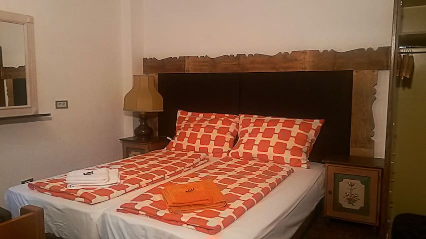 Double bed-room with private bathroom