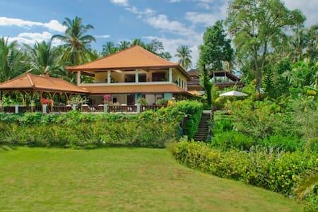 Large luxurious Villa Balian beach - tabanan - Villa