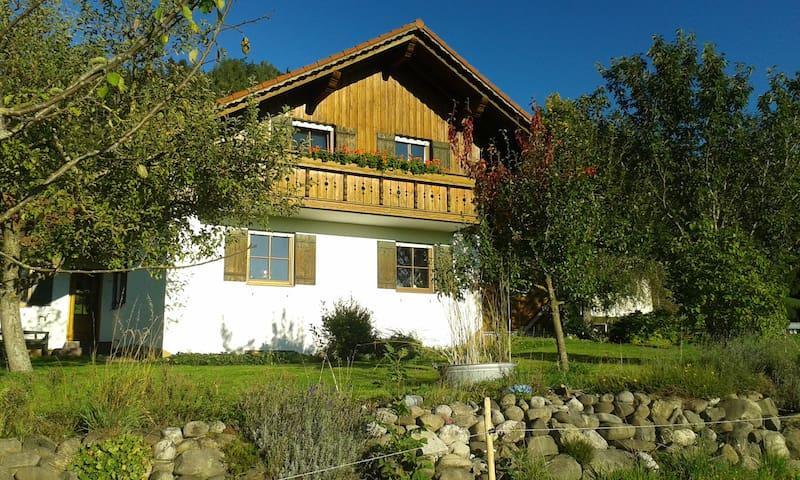 Geschmackvolles Landhaus im Allgäu - Kaltental - Hus