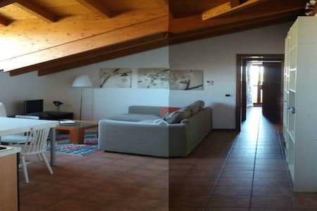 DV1 Hospitable mansard near Milan - Caselle Lurani