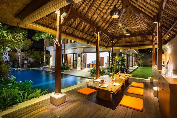 La Bali Villa 3 Bedroom Rate