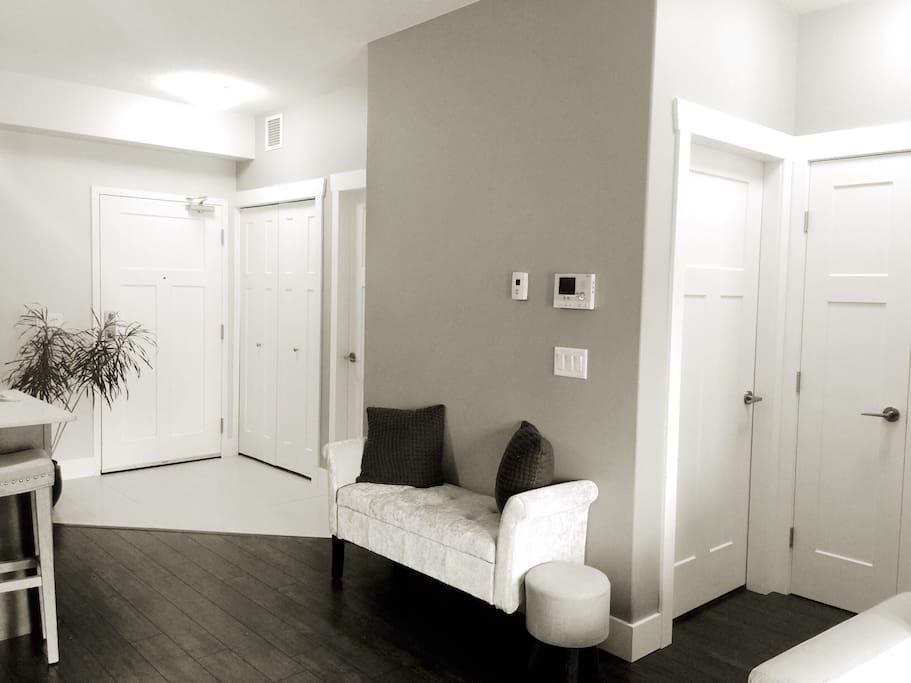 Underfloor heating, ceiling fans, washer, dryer