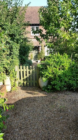 Charming 2 bedroomed cottage - Robertsbridge - Huis