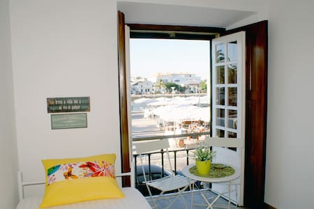 Magnificent room with river view - Tavira