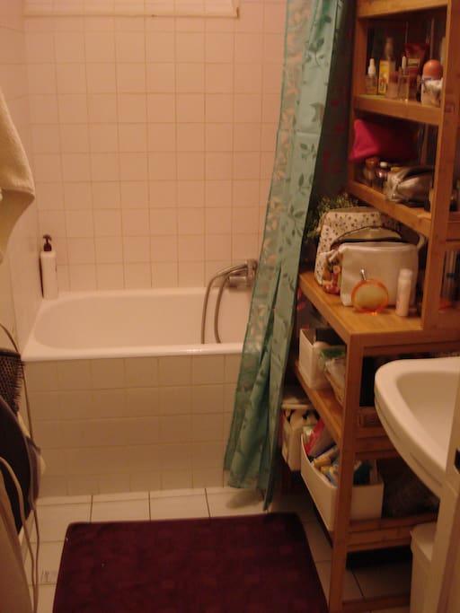 Une graaaande salle de bain, selon une parisienne!