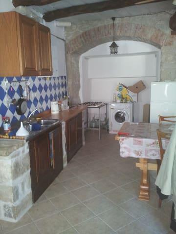Casa in montagna monti della laga - Arquata del Tronto - Hus