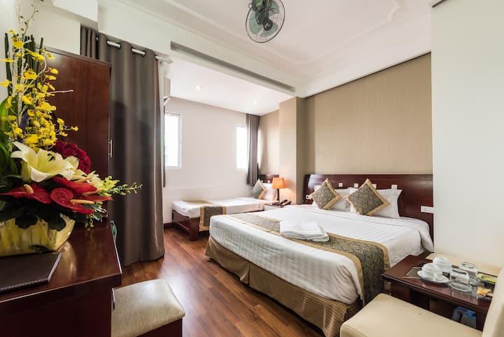 Saigon Odyssey - Deluxe Family Room
