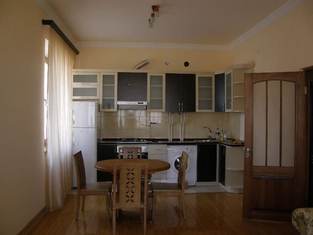Apartment in the center of Yerevan - Yerevan - Flat