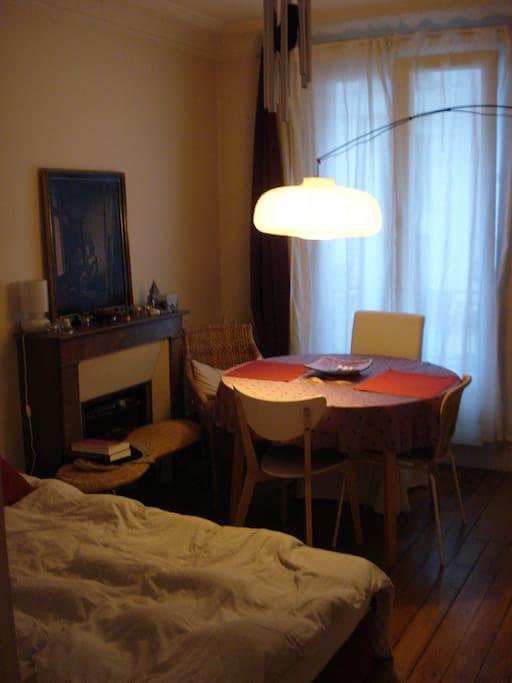 Un salon selon disponibilité
