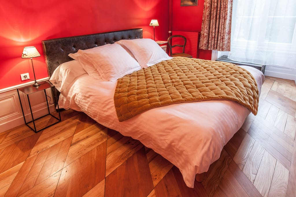 Chambre color e et confortable bed breakfasts te huur in lezoux auvergne frankrijk - Chambre coloree ...