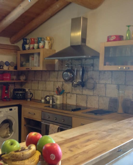 Fully working Kitchen with Dishwasher