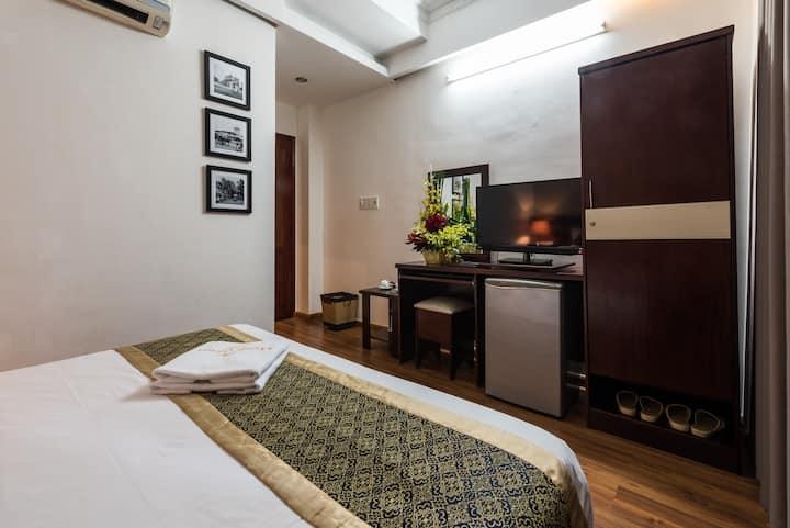 Saigon Odyssey - Deluxe Double Room