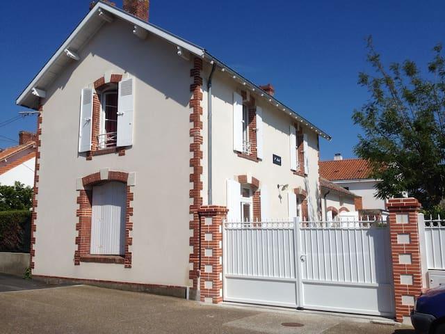Villa Saint Michel - Préfailles - Hus