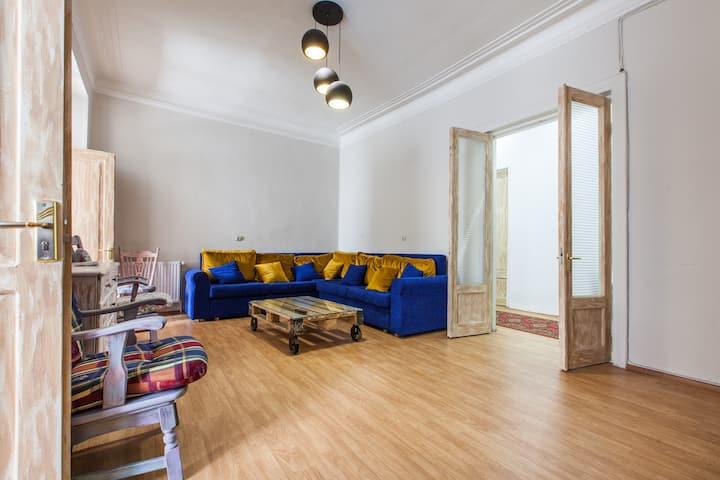 Sweet Home at Rustaveli Avenue