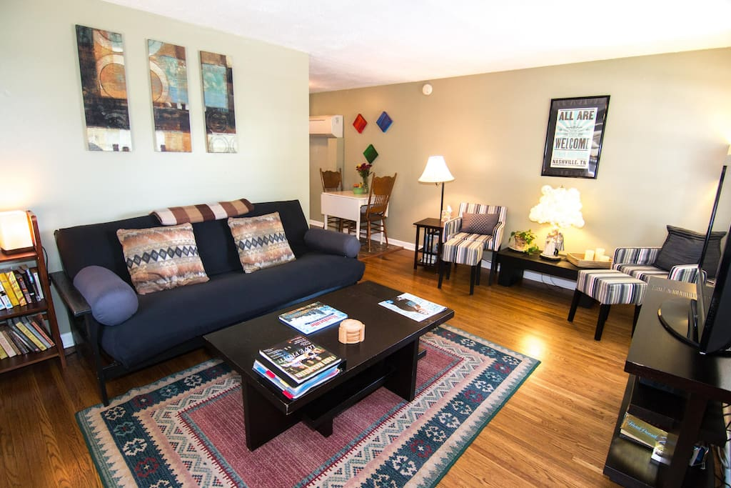 E Nashville 143 5 Reviews Close To Everything Apartments For Rent In Nashville Tennessee