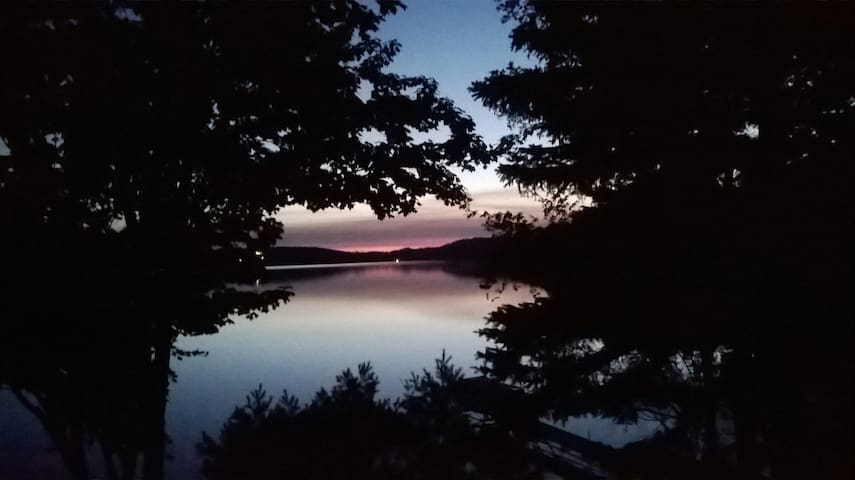 Teal Lake - Rest, Relax, Renew - Negaunee - Appartement