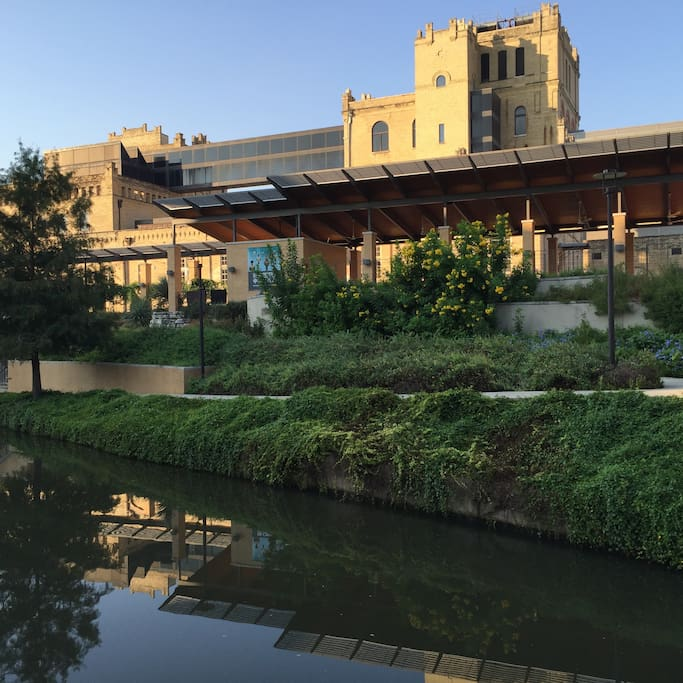 The Museum Reach is so-called because the river runs past the San Antonio Museum of Art (SAMA). Admission is free on Tuesdays and Sundays.