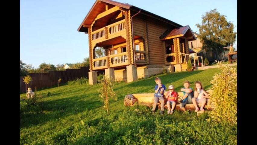 Два уютных домика из дерева - Большое Новосурино - House