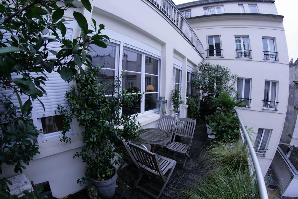 Loft lumineux avec terrasse arboree lofts louer for Restaurant avec terrasse ile de france