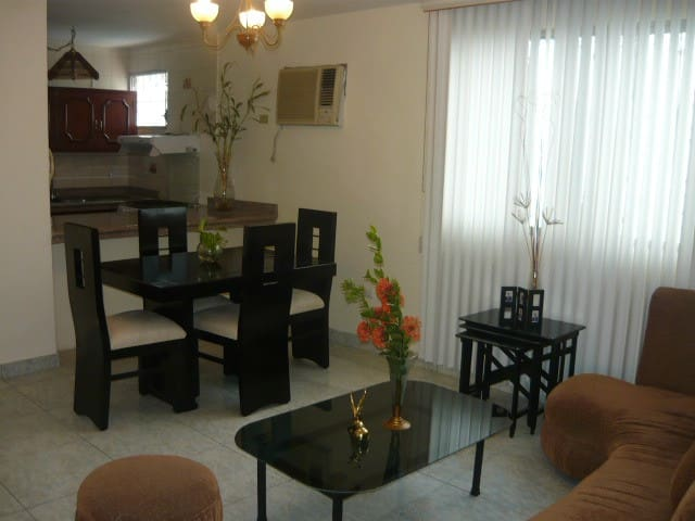 Amplio departamento en el Norte - Guayaquil - Byt