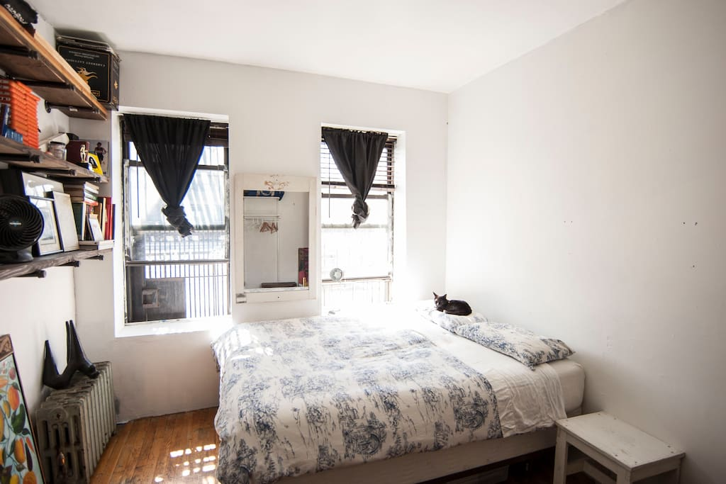 Sunny Williamsburg Brooklyn Bedroom Apartments For Rent In Brooklyn New York United States