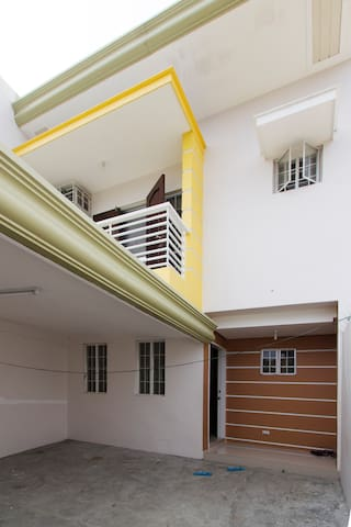 Newlybuilt townhouse @ davao center - Davao City - Talo