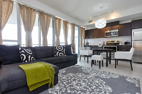WATERFRONT LUXURY SUITE - DOWNTOWN