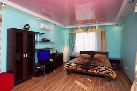 1-к VIP квартира - Novosibirsk - Apartment