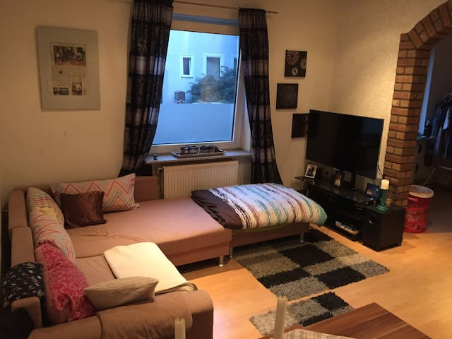 Cosy Apartment, 7 min from Han/HBF