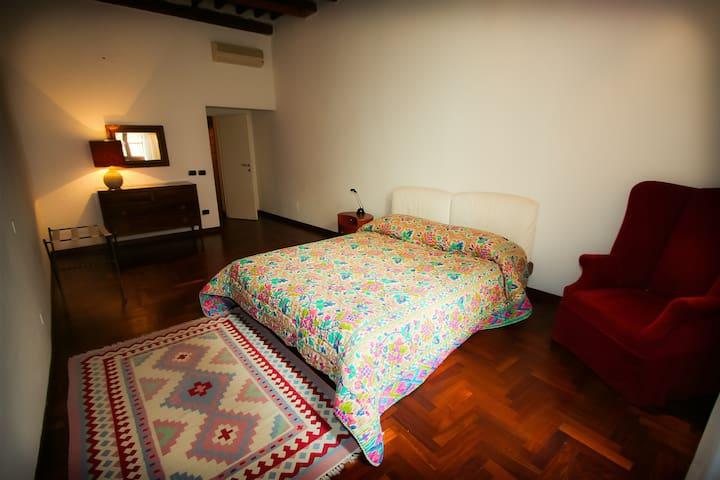 """"""" Room behind piazza del campo"""" - Siena - Oda + Kahvaltı"""