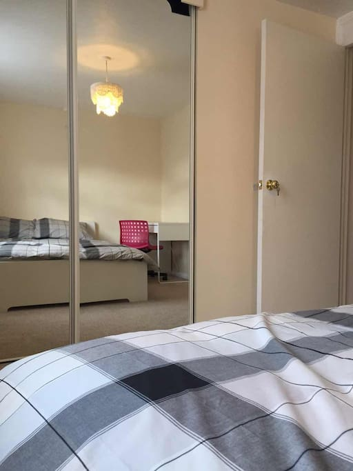 Comfortable & spacious room
