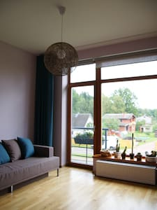 Bright cozy room near forest. - Sigulda - Rumah