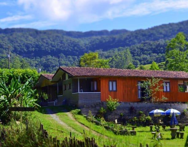 Sitio Vida Nova - Acolhida na Colônia - Presidente Nereu - Stuga