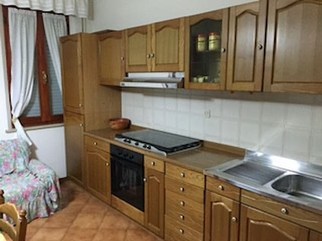 Appartamento indipendente - Macine-borgo Loreto - Daire