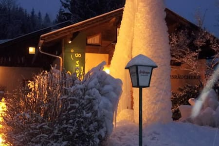 Ski&Bike Nassfeld apartments - Obervellach - Bed & Breakfast