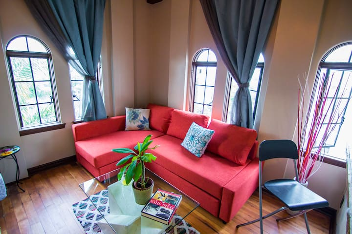 Gorgeous Moroccan Style Penthouse - Long Beach - Loft