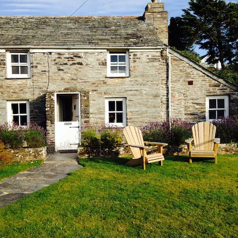 Special Cottage on the coast path - Treligga - Casa