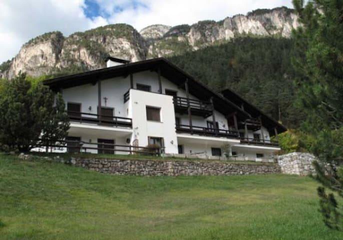 Appartamento in Chalet di Montagna - Ziano di Fiemme