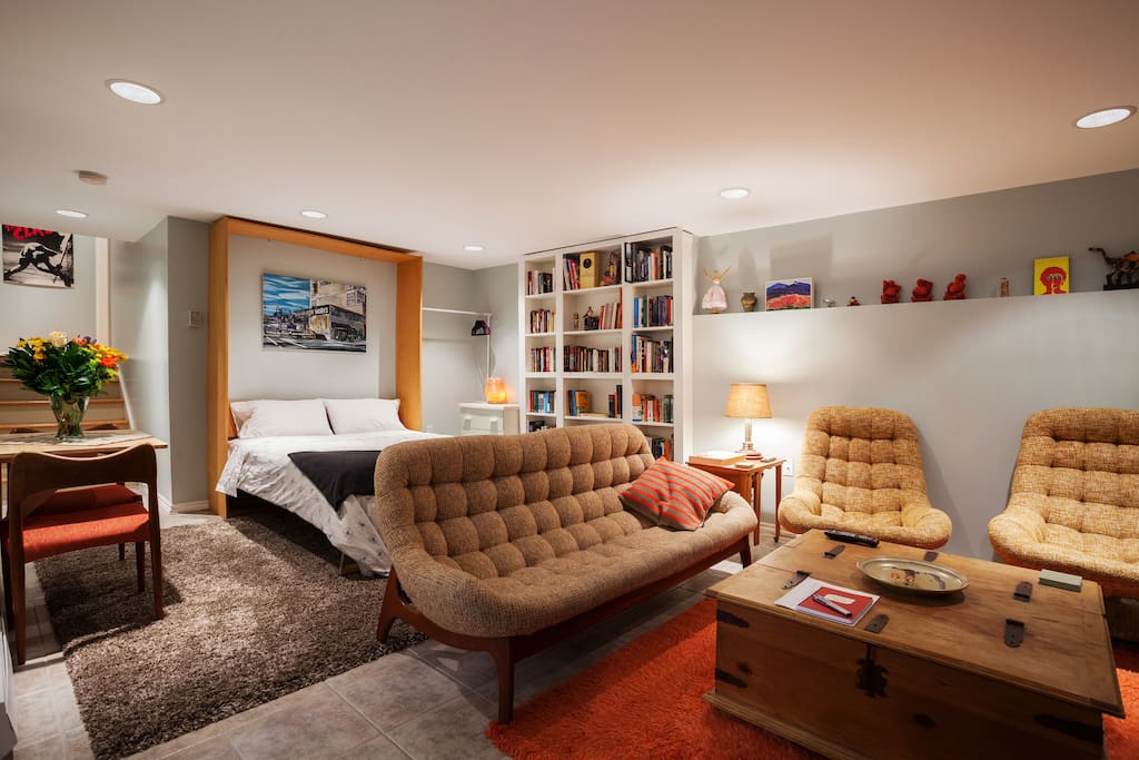 The suite gives you about 450 square feet of living space