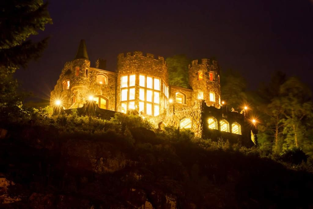 Highlands Castle at night.