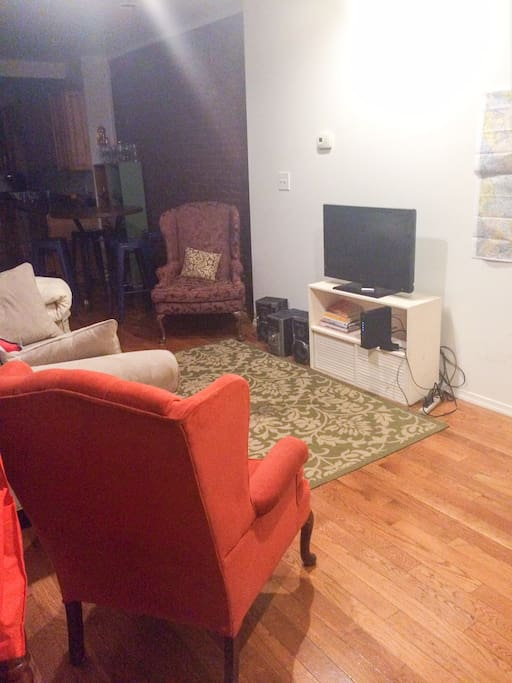 living room. apple tv, bunny ears available