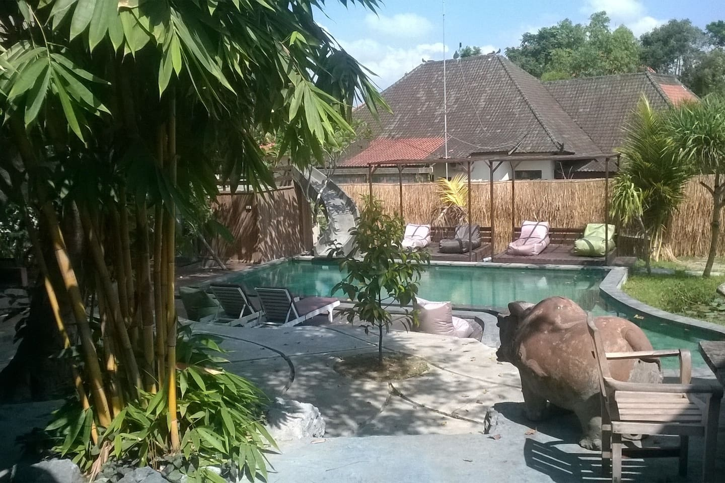 Our Chill out Pool and Ubud only Slide ;)