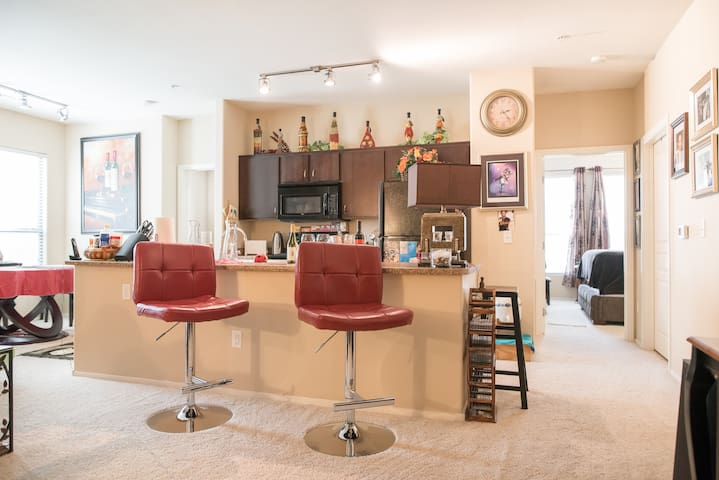 Business Travel Ready & Vaca-Stay Ready - North Las Vegas - Apartment