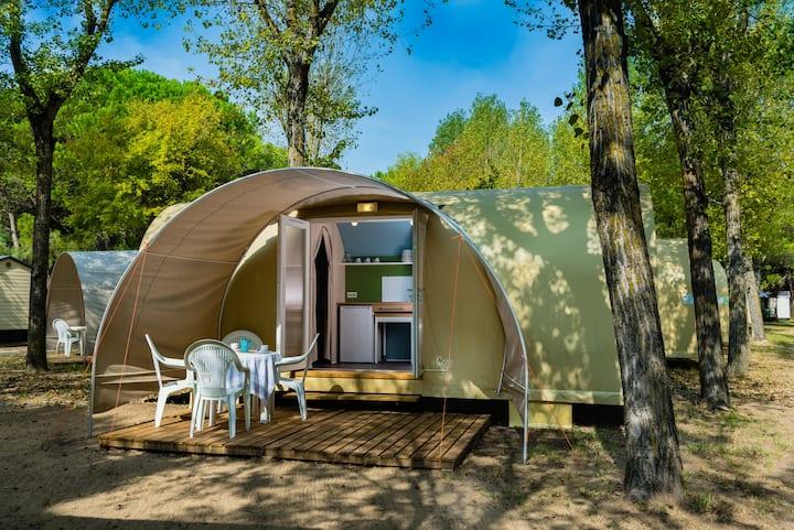 La tenda smart arredata, a pochi passi dal mare