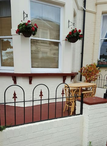Double Room for Business Trips - Southend-on-Sea - Bed & Breakfast