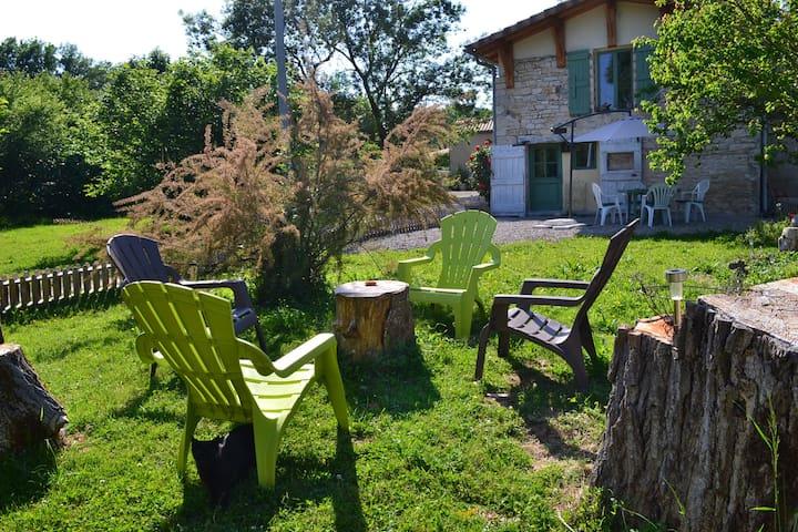 Couanac gite familial à la campagne avec piscine - Midi-Pyrénées - Hus