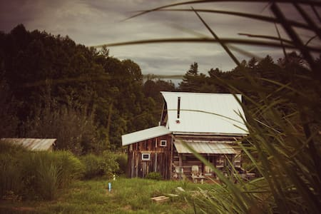 1800 cabin-Asheville/Weaverville - Weaverville - Blockhütte