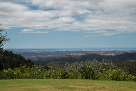 On top of the world - charming Villa with a view - Monchique