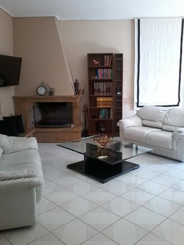 APPARTEMENT IDEAL,100M.C,ATHENES - Vrilissia