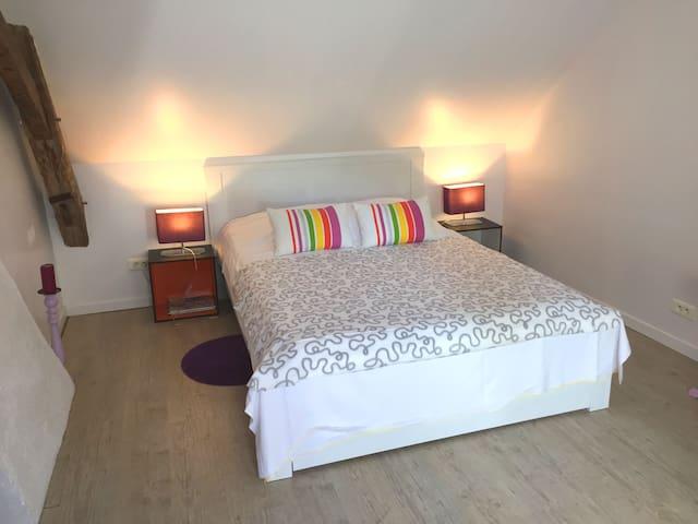 B&B Villa Vino family room - Mosnes - Wikt i opierunek